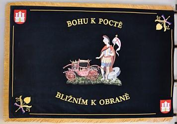 Bestickte Fahne des Freiwilligen Feuerwehrvereins (SDH) Raspenava