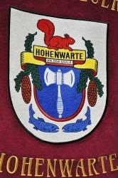 Ein besticktes Wappen des Dorfs Hohenwarte