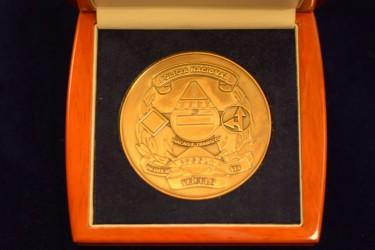 Medaillenmuster für einen Kunden aus Angola