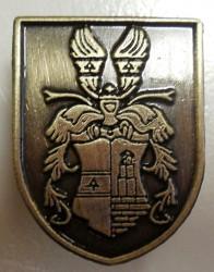 Gegossenes Abzeichen mit bürgerlichem Wappenmotiv