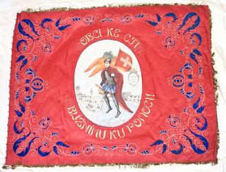 Rückseite der historischen Fahne des Freiwilligen Feuerwehrvereins Dačice