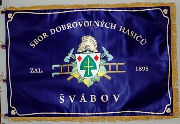 Bedruckte Fahne des Freiwilligen Feuerwehrvereins Švábov