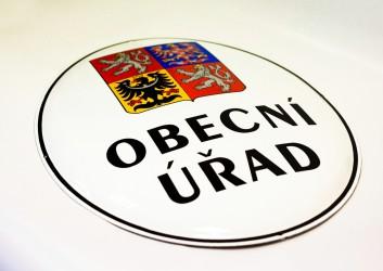 Staatswappen der Tschechischen Republik auf emailliertem Oval