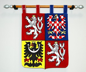 Großes Staatswappen der Tschechischen Republik in Schildform