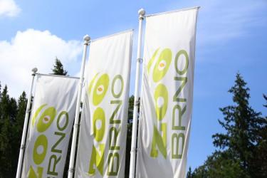Bedruckte Flaggen für den Außenbereich für den Zoo Brno
