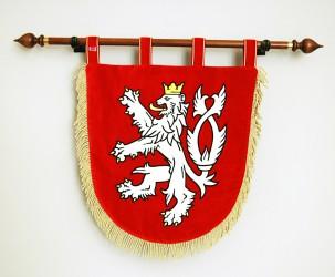 Kleines besticktes festliches Staatswappen der Tschechischen Republik