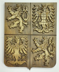Handgeschnitztes Wappen der Tschechischen Republik
