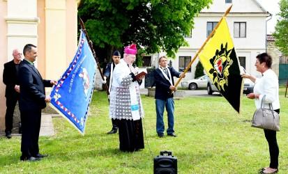 Segnung der Gemeindeflagge und Feuerwehrfahne, Gemeinde Polepy
