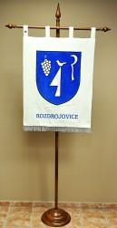 Besticktes Wappen der Gemeinde Rozdrojovice in großer Ausführung
