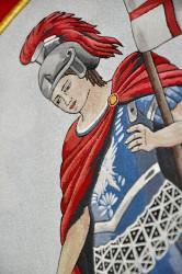 Detail einer Stickerei der Fahnenreplik des Feuerwehrvereins DHZO Lozorno