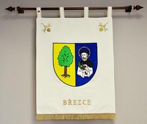 Besticktes Wappen der Gemeinde Březce in großer Ausführung